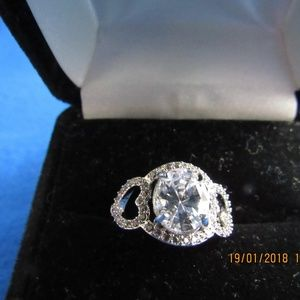 DR173.  Solitaire Statement Ring. Size 5